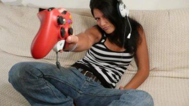 Photo of Essa garota é nota 1000 em Call of Duty: World at War!