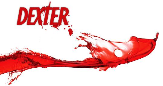 Photo of Promo da quinta temporada de Dexter deixa a vida do personagem de cabeça pra baixo. Literalmente!