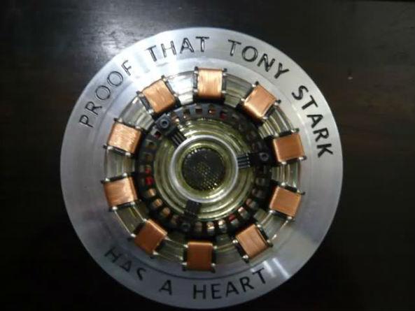 Tony Stark tem um coração
